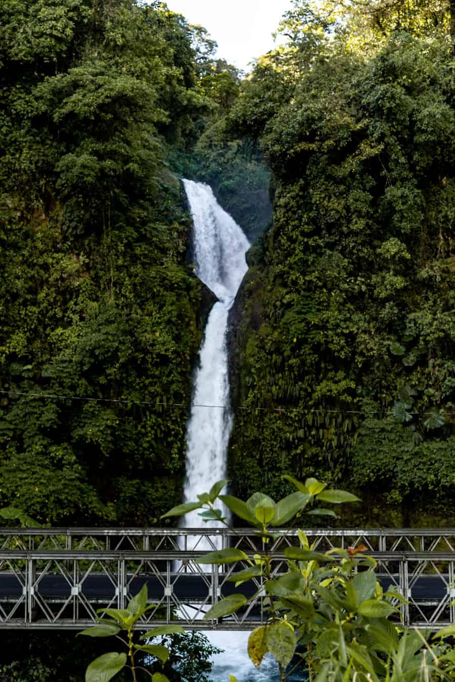 Costa Rica Travel Guide - Waterfall and bridge in Costa Rica